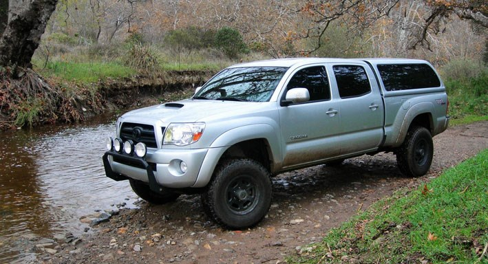 Toyota Tacoma Topper >> Toyota Truck Caps And Tonneau Covers Snugtop