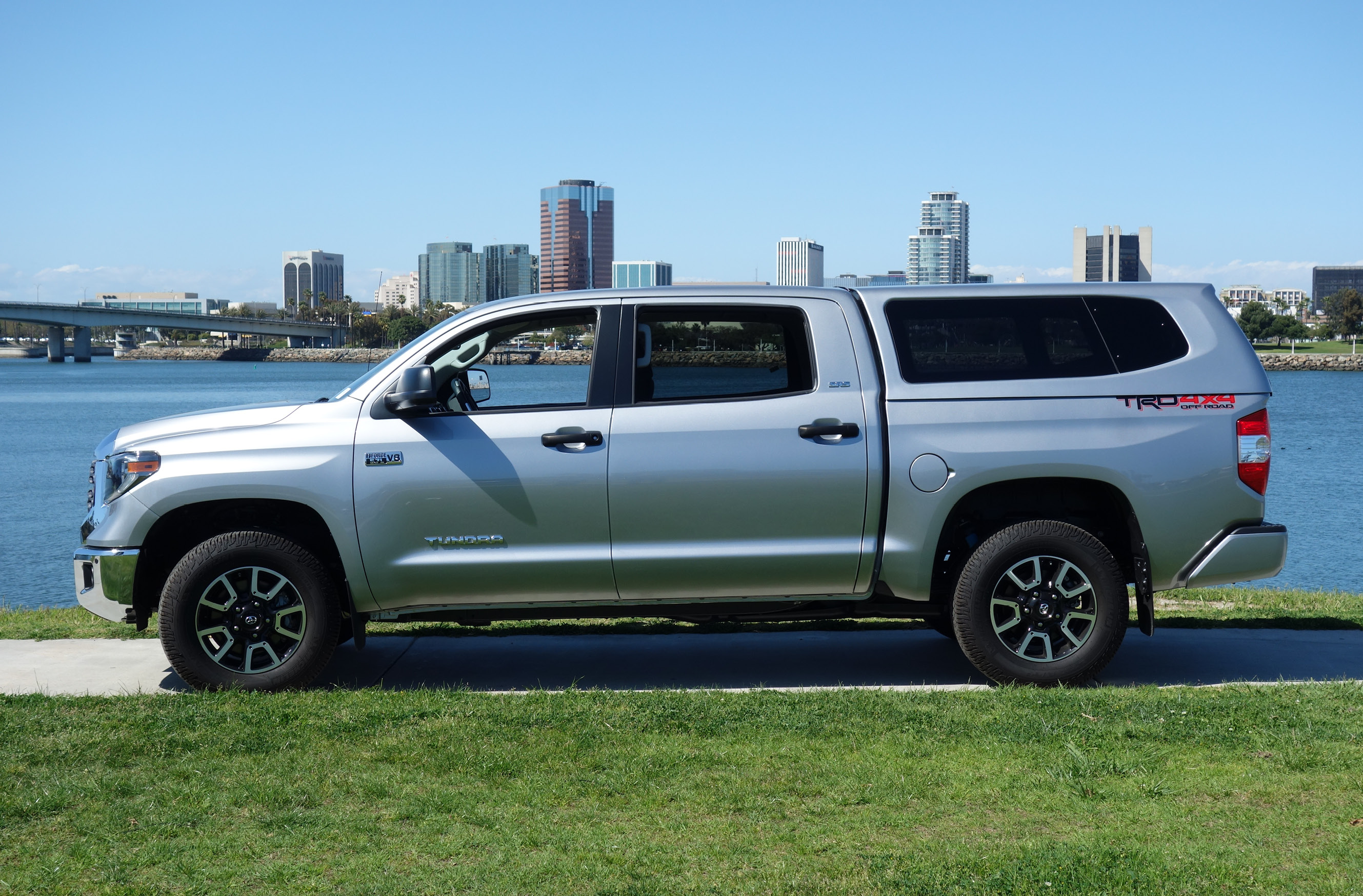 Toyota Tacoma Topper >> Products - Truck Caps and Tonneau Covers | SNUGTOP